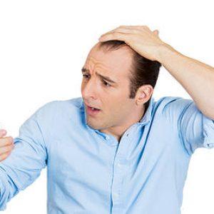 ۱۴ فرمول طبیعی برای توقف ریزش مو