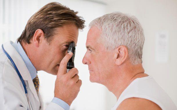دیابت چه مشکلاتی را برای چشم ایجاد میکند