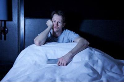 اختلال بی خوابی یا اینسومنیا چیست و راه درمان