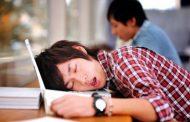 کم خوابی شب امتحان، خطری برای نمره شما!